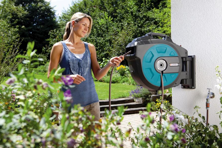 comfort wandslangenbox 35 roll up automatic li. Black Bedroom Furniture Sets. Home Design Ideas
